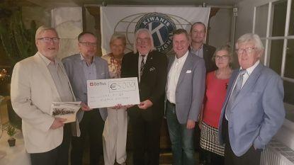 Kiwanis Zottegem Egmont schenkt 5.000 euro aan Spina Bifida