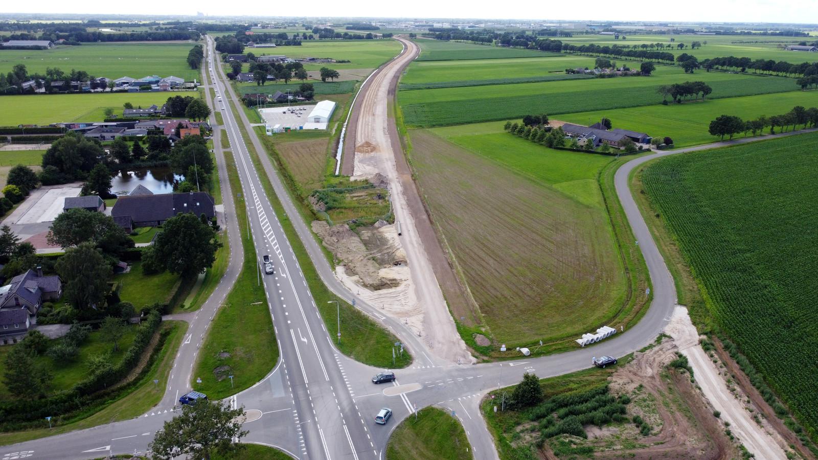Op dit moment wordt er al volop gewerkt aan verbetering van de verkeersdoorvoer en -veiligheid in het Vechtdal, onder meer tussen Zwolle en  Dalfsen (aansluiting nieuw viaduct, zie foto).