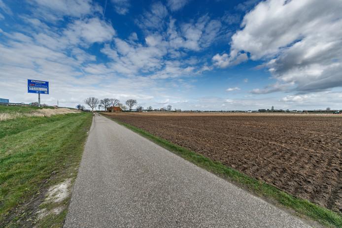 Roosendaal - 26/3/2019 - Foto: Pix4Profs/Marcel Otterspeer - De polder, gebied Bulkenaar, ten zuid-westen van Roosendaal is een beoogde plek voor de nieuwbouw van het Bravis Ziekenhuis.