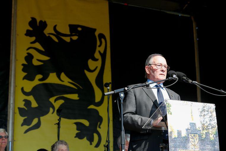 Voorzitter Wim De Wit aan het woord tijdens de IJzerwake.