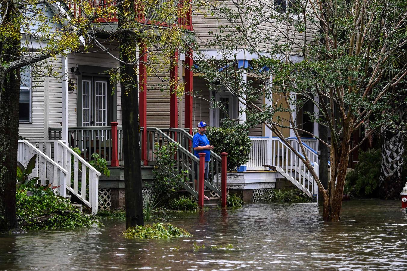 Ondergelopen straten in Pensacola, Florida.