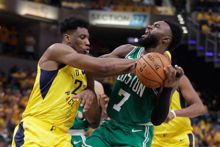 Jaylen Brown (rechts) was het best bij schot bij de Celtics.