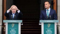 """Britse premier Johnson bezoekt Ierse ambtsgenoot met """"overvloed aan voorstellen"""" als alternatief voor backstop"""