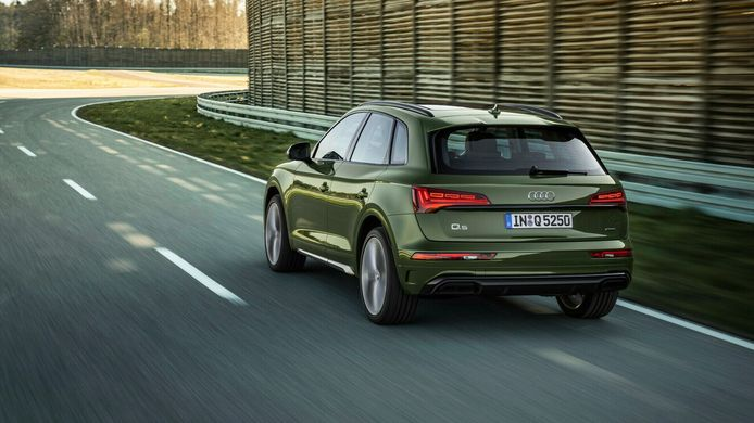 De vernieuwde Audi Q5, mét oled-achterlichten.