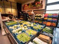 Deze groenteboer doorstond de tand des tijds: 'Als de kersen niet goed zijn, verkopen we ze niet'