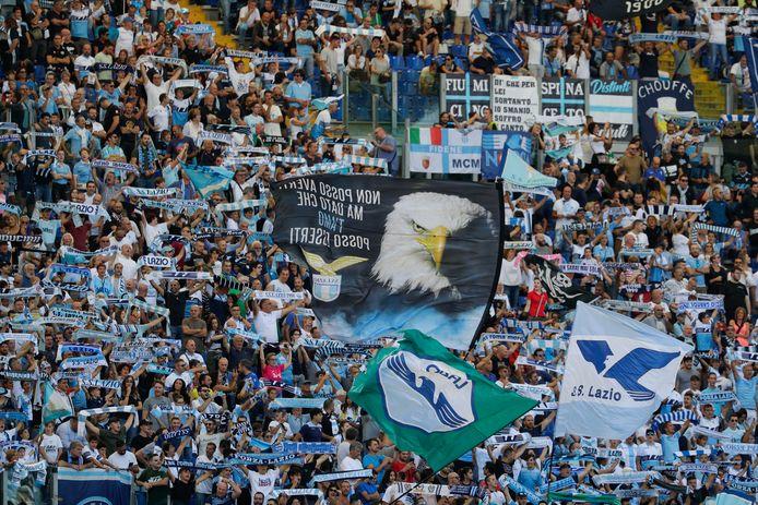 Fans van Lazio in het Stadio Olimpico in Rome.