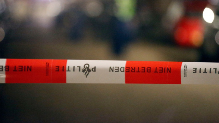 Mannen breken in bij supermarkt in Oosterhout en vertrekken uiteindelijk zonder buit
