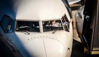 Prijsvechten over de rug van de piloot