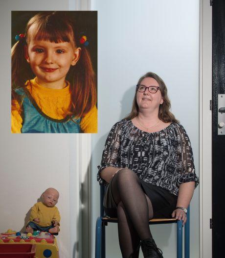 Ervaringsdeskundige Jolanda helpt slachtoffers van huiselijk geweld: 'Ik schaam me er niet voor'