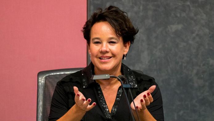 Wethouder verkeer & vervoer, luchtkwaliteit en water, Sharon Dijksma van de PvdA