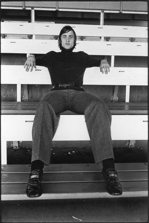 Johan Cruijff in de jaren zeventig. Beeld Terry O'Neill/Getty Images