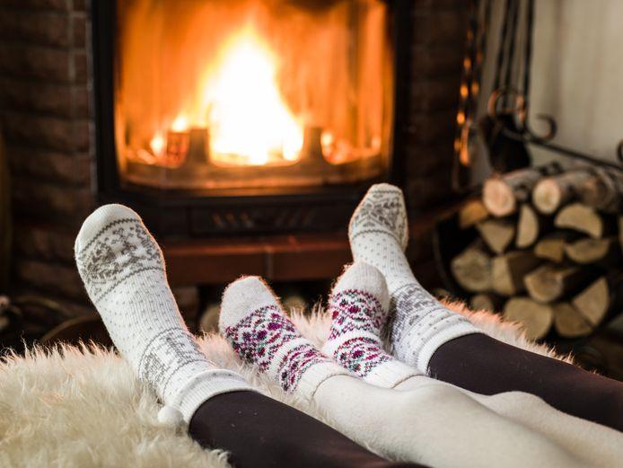 Even de voeten lekker opwarmen voor de open haard is in de meeste provincies vandaag niet zo verstandig. De buurt zou last kunnen hebben van de rook.
