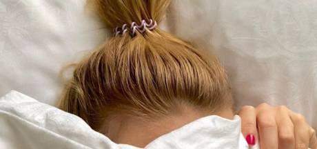 """Elle devient millionnaire en inventant l'élastique à cheveux """"invisible"""" en pleine gueule de bois"""