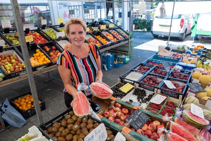 Hittegolf of niet, de markt in Heerde gaat gewoon door.