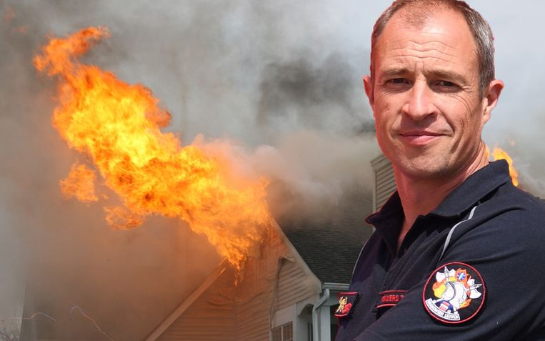 Brandweeradviseur Tim Renders wijt de stijging aan het toegenomen aantal oplaadbare toestellen die we thuis in het stopcontact hebben steken.