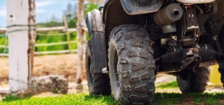 Un conducteur de quad grièvement blessé par un câble sciemment tendu entre deux arbres