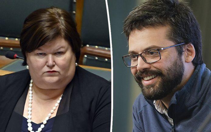 Emmanuel André a déploré un manque de leadership de la part des autorités durant la première vague, épinglant notamment l'ex-ministre de la Santé Maggie De Block.