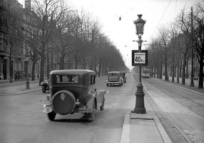 Illustration: l'avenue Louise dans les années 40.