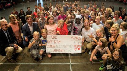 Zumba-avond brengt 5.497,24 euro in het laatje voor kinderafdeling Sint-Andriesziekenhuis