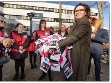 'Dwaze zaterdag': personeel voert actie in de Bijenkorf