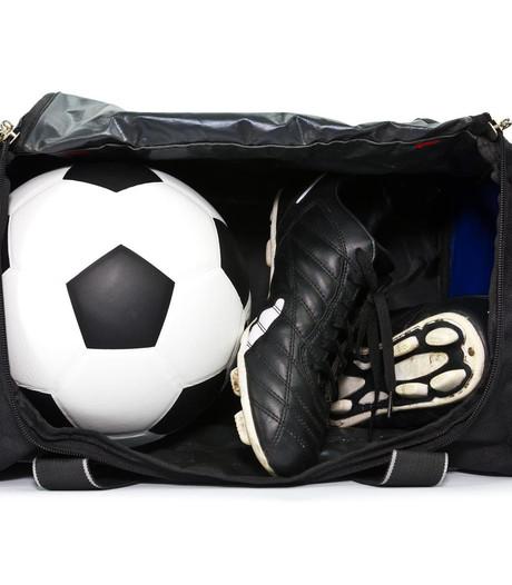 Kleedkamers voetbalclub Dubbeldam leeggeroofd