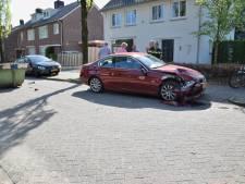 BMW knalt tegen stortcontainer in Hilvarenbeek: 'Al voorspeld dat dit fout zou gaan'