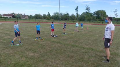 """Atletiek De Pinte hervat de trainingen: """"De jongeren sporten in kleine bubbels"""""""