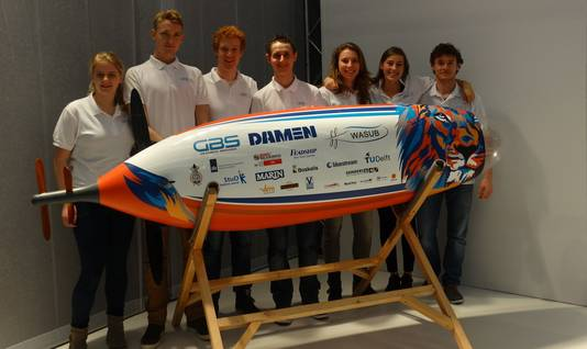 Een aantal van de studenten die volgende maand namens de TU Delft meedoen aan een wedstrijd in Amerika.