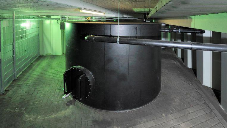 In de kelder van de HMH staat een urinetank van 13.000 liter Beeld Ron Offermans