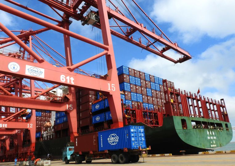 Containers in de haven van Lianyungang in China. Beeld AFP