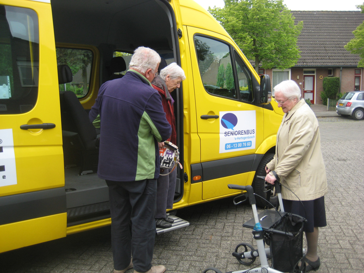 De Serniorenbussen in Den Bosch voldoen aan een grote behoefte.