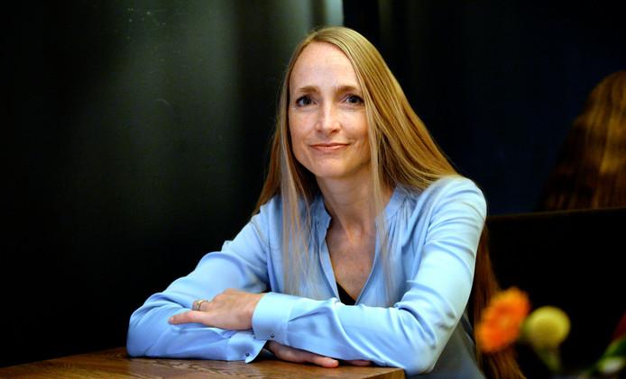 Ruth Emmerink (45) moest er vroeger niet aan denken: verhuizen uit Twente. Nu reist ze met haar gezin de hele wereld over.