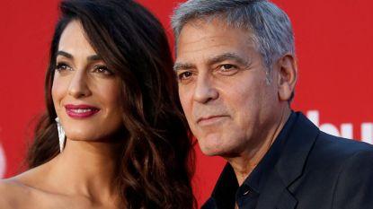 George en Amal Clooney schenken 400.000 euro aan betoging rond vuurwapens