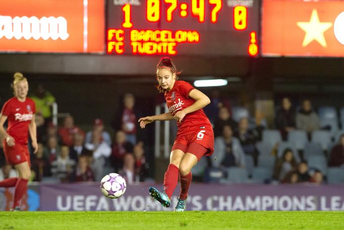 FC Twente Vrouwen verloor in het seizoen 2015/2016 twee keer met 1-0 van FC Barcelona. Foto: Ron Jonker