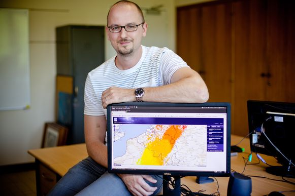 Dieter Poelman, bliksemexpert bij het KMI