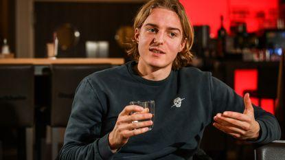 """Op bezoek bij Bornauw, de verdediger die al vijf keer scoorde voor FC Köln: """"Zou me graag eens meten met Romelu"""""""