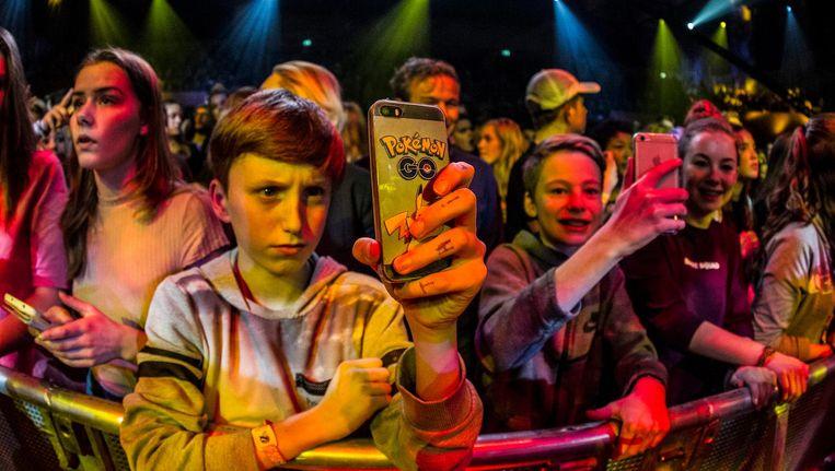 Jonge fans van Broederliefde tijdens de show vorig jaar Beeld anp