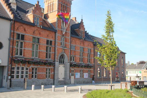 Gemeentehuis Lede.