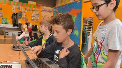 Miljardste leerling maakt oefeningen op Bingel