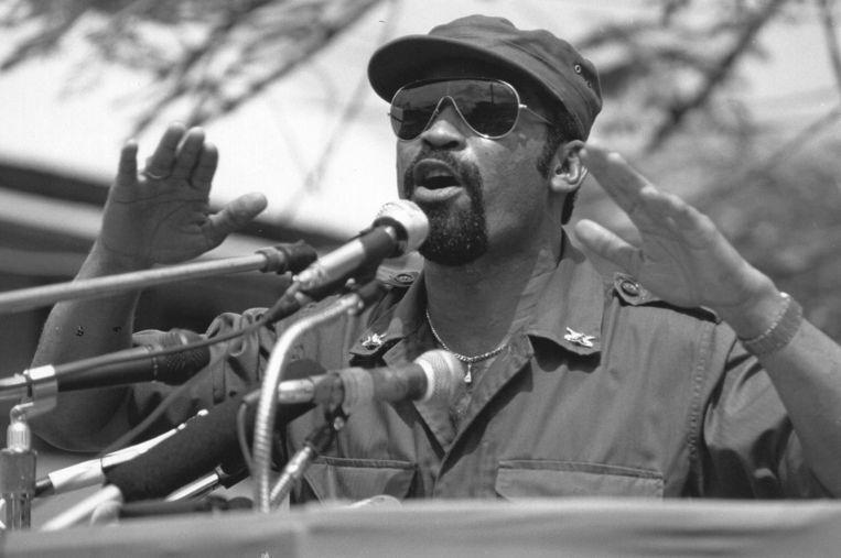 Desi Bouterse tijdens een toespraak in Paramaribo in 1986. Beeld anp