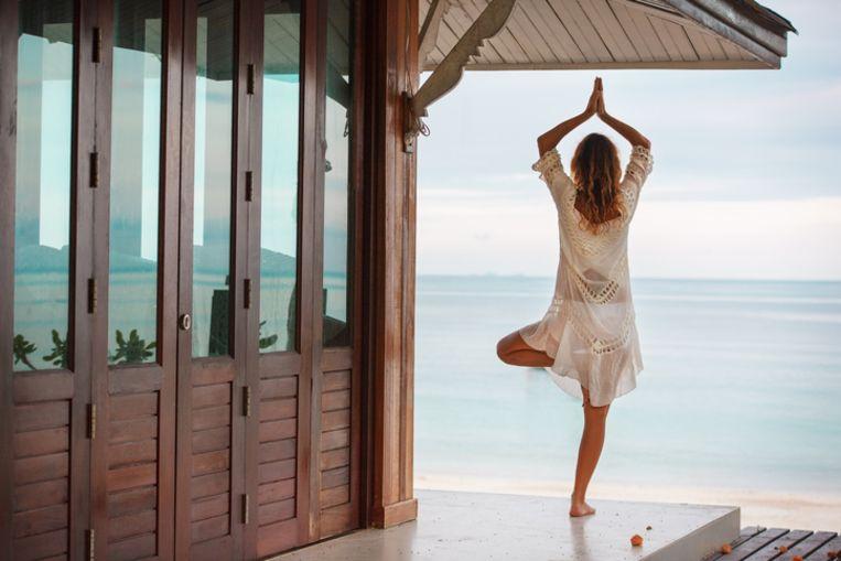 Yoga op een exotische locatie: het is een van de populairste reisformules voor 2018.