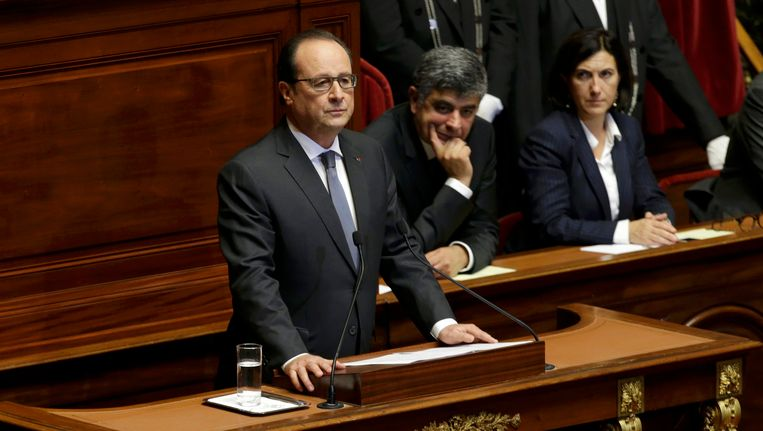 Hollande in Versailles. Beeld reuters