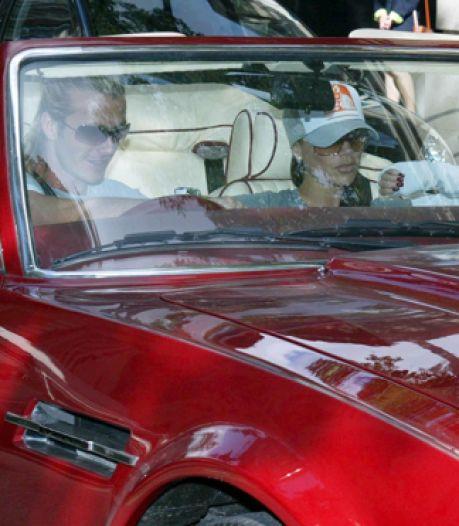 David Beckham verkoopt zijn Aston Martin cabriolet