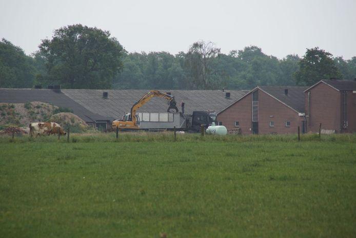 Het bedrijf in Winterswijk waar donderdagochtend ruim 900 dode varkens zijn aangetroffen.