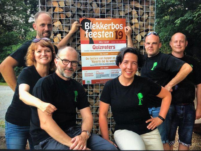 Het vernieuwde comité achter de Blekkerbosfeesten.