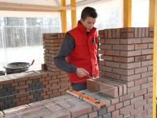 Stefan (15) is hét metseltalent van Nederland: 'Jongeren, ga de bouw in'
