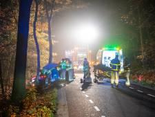 Zwaar ongeval Oldebroek, automobilist in kritieke toestand naar ziekenhuis gebracht