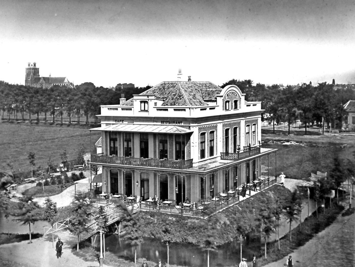 Hotel Ponsen, kort na 1873. Duidelijk een terras.