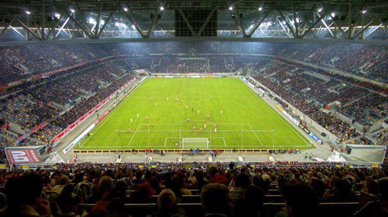 ID&T organiseert nieuwjaarsedities van Sensation in Melbourne en Düsseldorf. In de Duitse LTU Arena (foto) zullen 20.000 mensen Silvester gaan vieren. Beelden van beide feesten zijn op een groot scherm op het Rembrandtplein te zien. Foto EPA Beeld