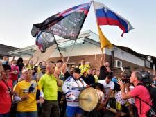 """La petite ville de Komenda en Slovénie célèbre la victoire surprise de Pogacar: """"C'est l'extase!"""""""